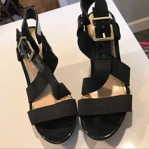 Jessica Simpson black strappy wedge